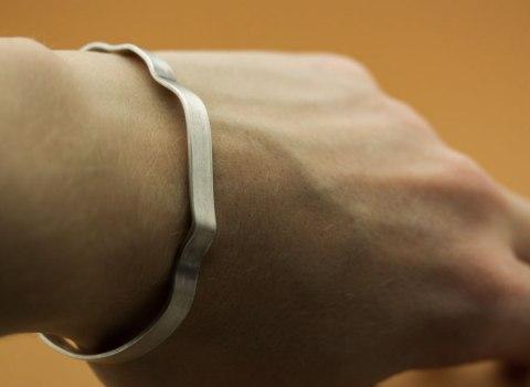 Veckat armband
