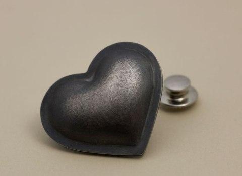 Stora hjärtat brosch